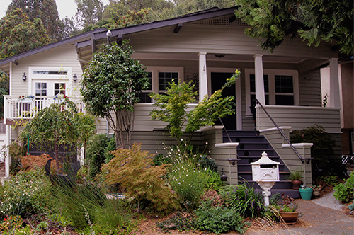 This Craftsman home in the town of Martinez, CA was on the town's 2014 Historic Home Tour.